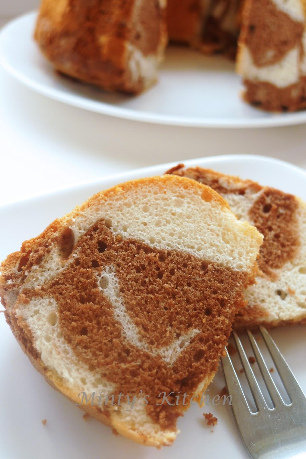 Cake Using Egg Yolks Only