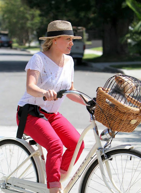 Hilary Duff – Bicycling in Toluca Lake