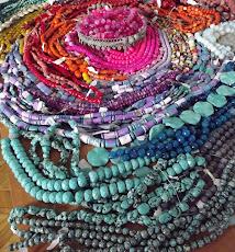 Kamienie ozdobne do wyrobu biżuterii.