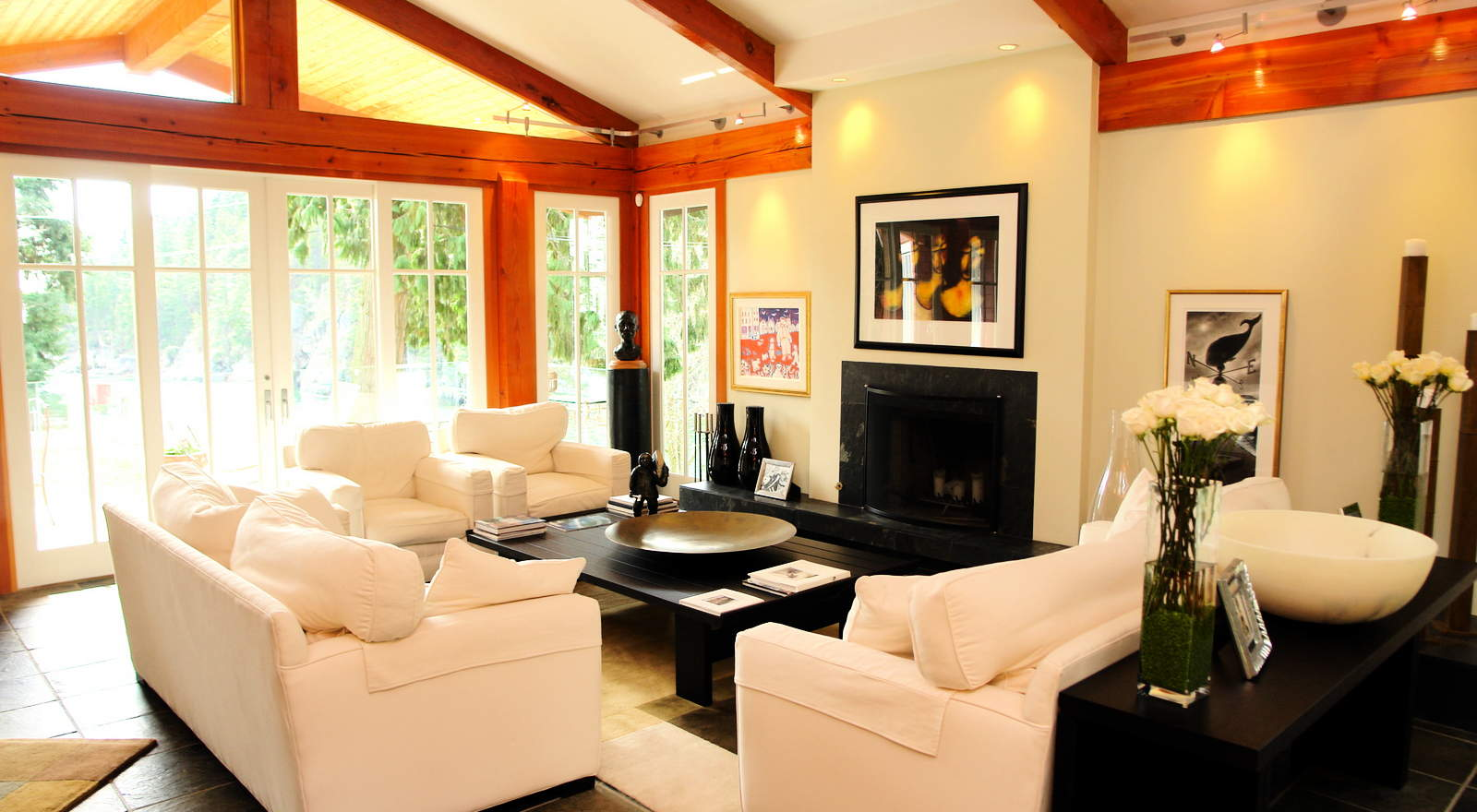 design ideas living rooms with vaulted ceilings