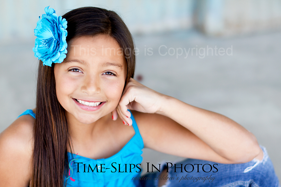 blue_flower_on_sweet_girl2