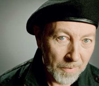 Richard Thompson' new album ELECTRIC and new tour February 2013