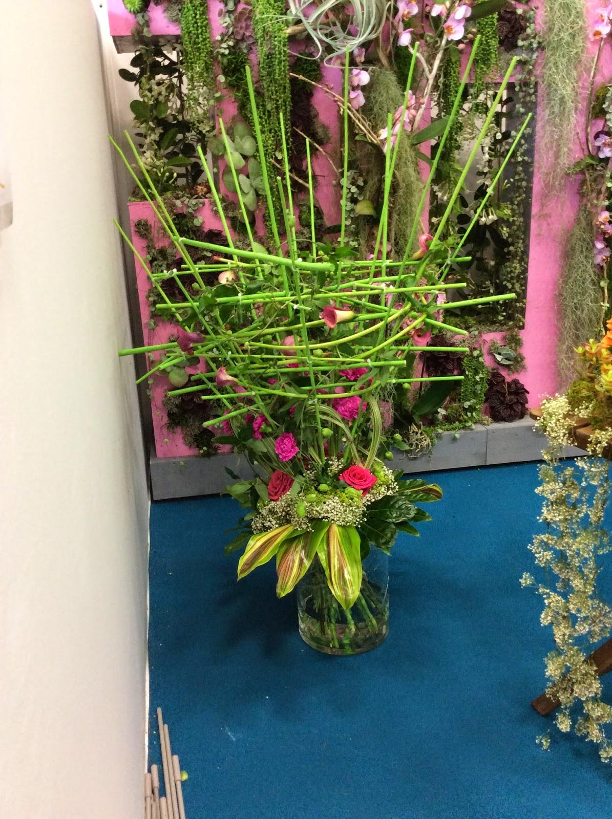 fleuriste isabelle feuvrier les bouquets contemporains de la coupe espoir interflora 2014. Black Bedroom Furniture Sets. Home Design Ideas