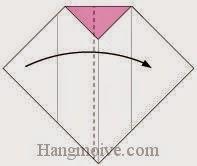 Bước 6: Gấp tờ giấy theo chiều từ phải sang trái.