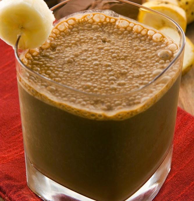 مشروب الشيكولاتة و الموز عصير طبيعي لزيادة الوزن