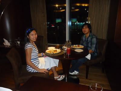 Ed and Lady at Petals Restaurant, Rose Rayhaan by Rotana