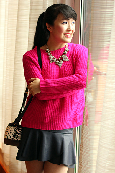 Forever 21 hot pink fireside cable knit sweater with BaubleBar disco ice pave necklace & BaubleBar warrior triad necklace