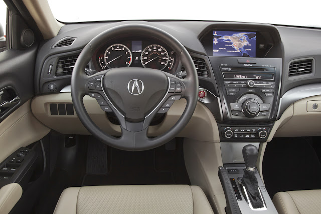 Instrument panel of 2013 Acura ILX