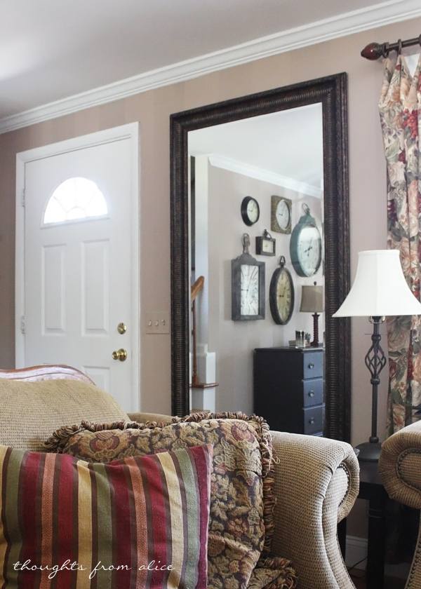 Foyer With Large Mirror : Tips for managing without a foyer
