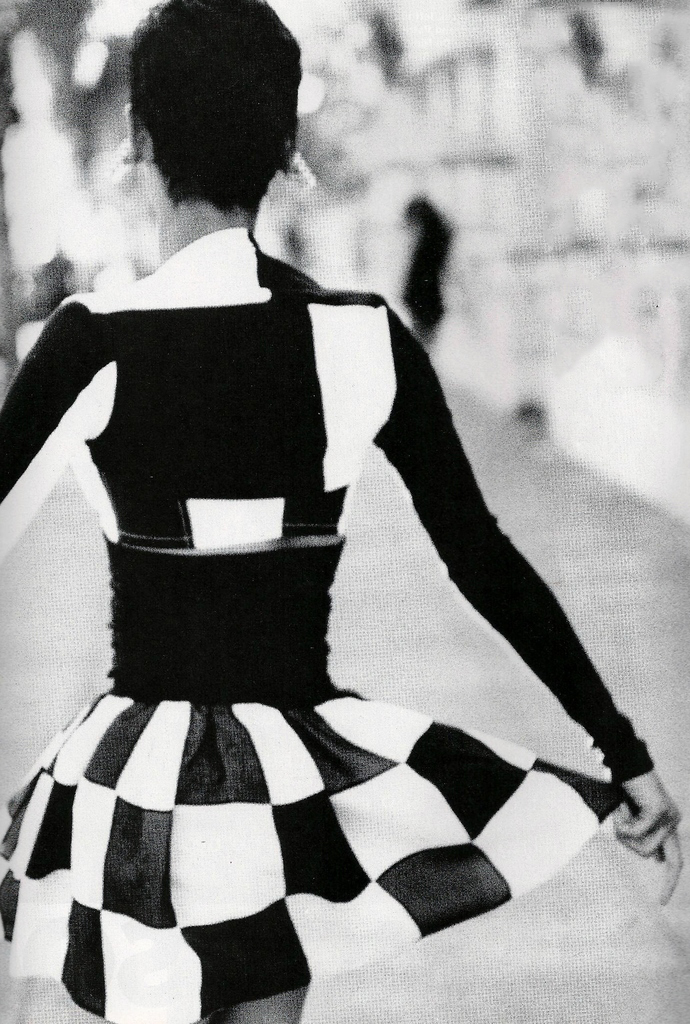 Nadege Du Bospertus in The graphic arts / Vogue US March 1991 (photography: Patrick Demarchelier, styling: Grace Coddington) via fashioned by love british fashion blog