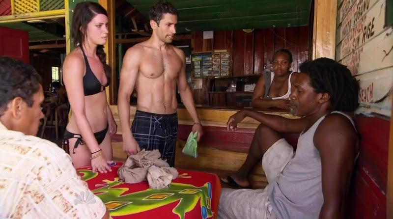 Mike Spiro Shirtless in Love in the Wild s1e07