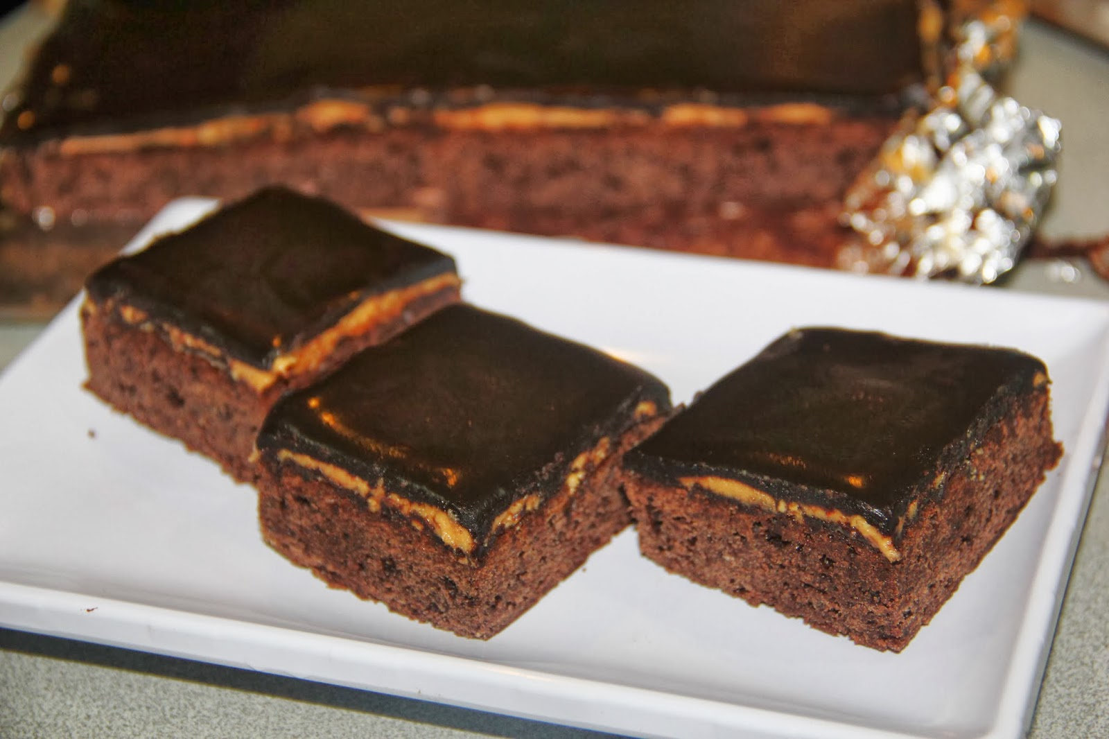 Jess-KITCHEN-Lab: Triple Decker Peanut Butter Brownies