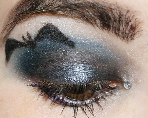 Beauty by unlike halloween tag amu - Fledermaus schminken ...