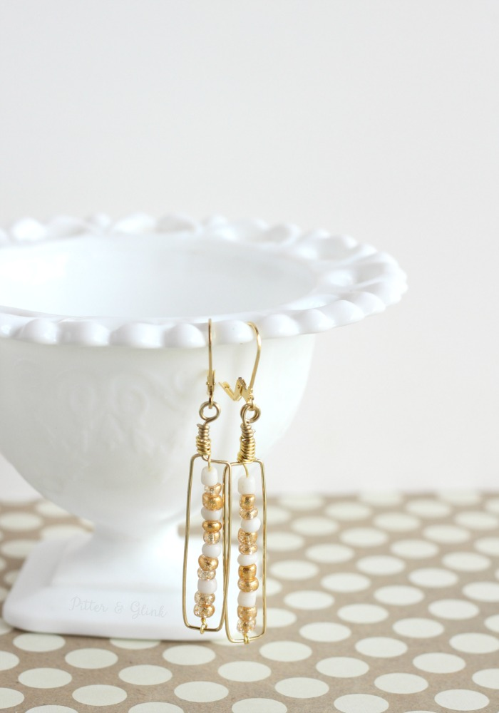 Gold & White Beaded Wire Earrings--Such an easy handmade jewelry project! pitterandglink.com