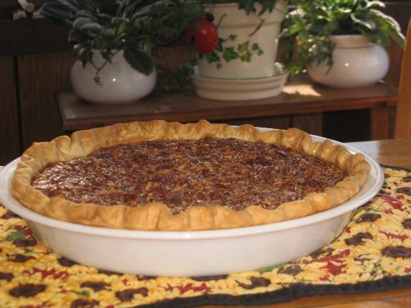 Coleen's Recipes: MAPLE PECAN PIE