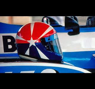Il casco di Eddie Cheever. Anthony Davidson è uno dei piloti che lo ha rivisto in chiave moderna
