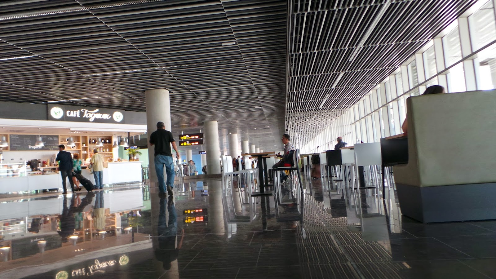 Terminal Salidas Nueva Terminal de Salidas