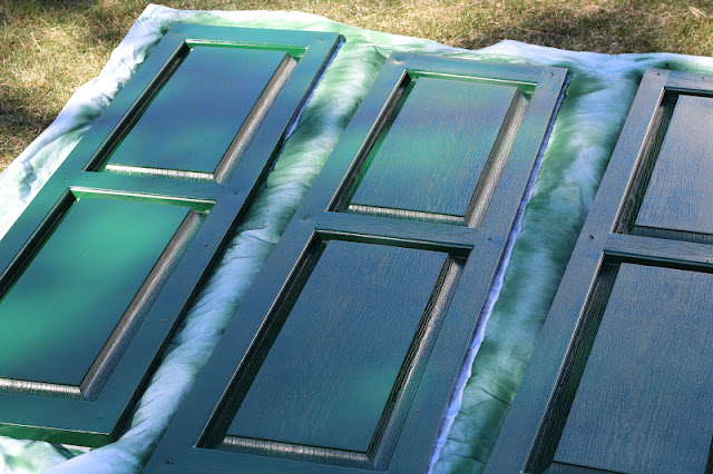 Pine tree home painting plastic shutters for Paint vinyl shutters