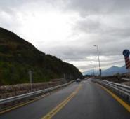 Τροχαίο στην παράκαμψη γέφυρας στο δρόμο Καλαμάτα- Αθήνα