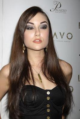 Shasa Grey
