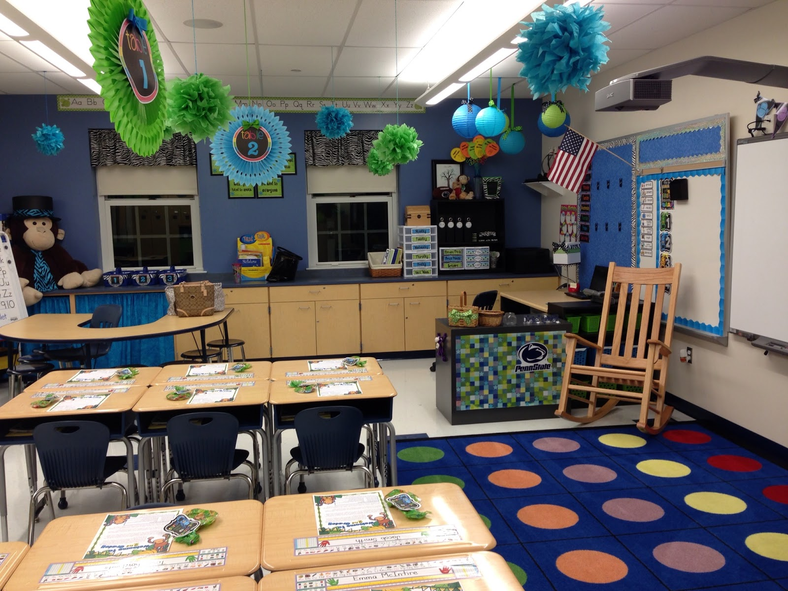 Creative Elementary Classrooms ~ The creative chalkboard classroom reveal