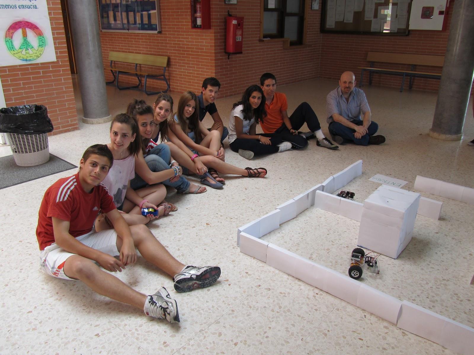 """Andalucía profundiza proyecto finalizado """"el robot"""