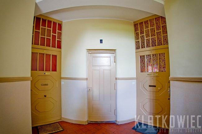Toruń: kamienica z windą