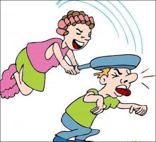 زوجة تضرب زوجها