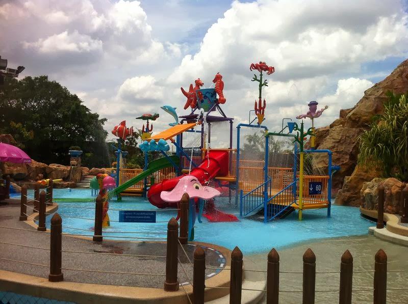حديقة الألعاب المائية فانتازيا لاغون