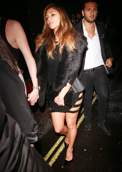 She pulls a pout | Cranky! What's wrong with Nicole Scherzinger?