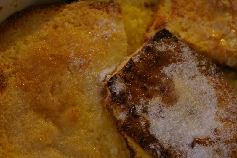 Mon vieux livre de cuisine pudding de brioche aux framboises for Vieux livre de cuisine