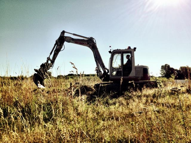 Grävskopan börjar