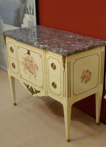 meubles peints magenta clermont ferrand commode rirectoire. Black Bedroom Furniture Sets. Home Design Ideas