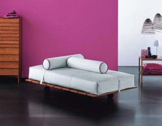 Bart by Vico Magistretti daybed