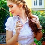 Pony-Tail-hairstyle-hair-color-for-cute-girls