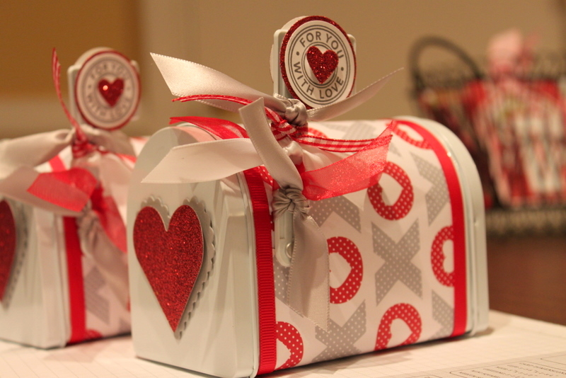 Sweetpea samplings valentine mailbox for Mini tin mailboxes for crafts