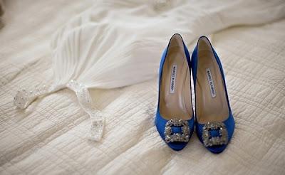 manolo-blahnik-zapatos-azules