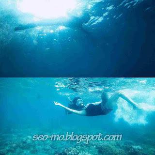 Foto Glenca Chysara Sedang Lagi Berenang Dipantai