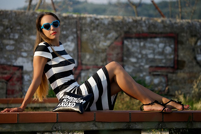 striped oasap dress