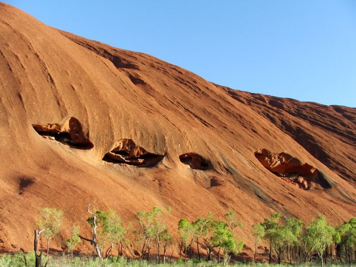 how to get there uluru rock