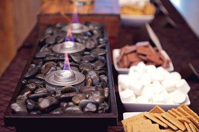 Winter Wedding S'mores bar