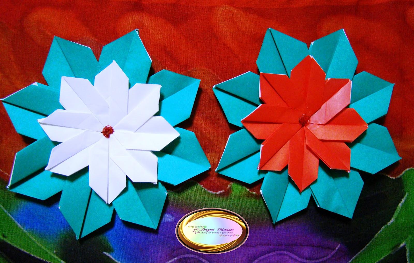 Origami Maniacs Origami Poinsettias