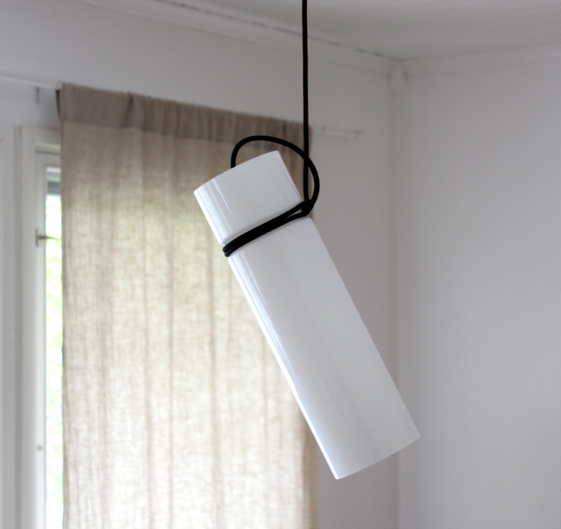 Minimal pendant light