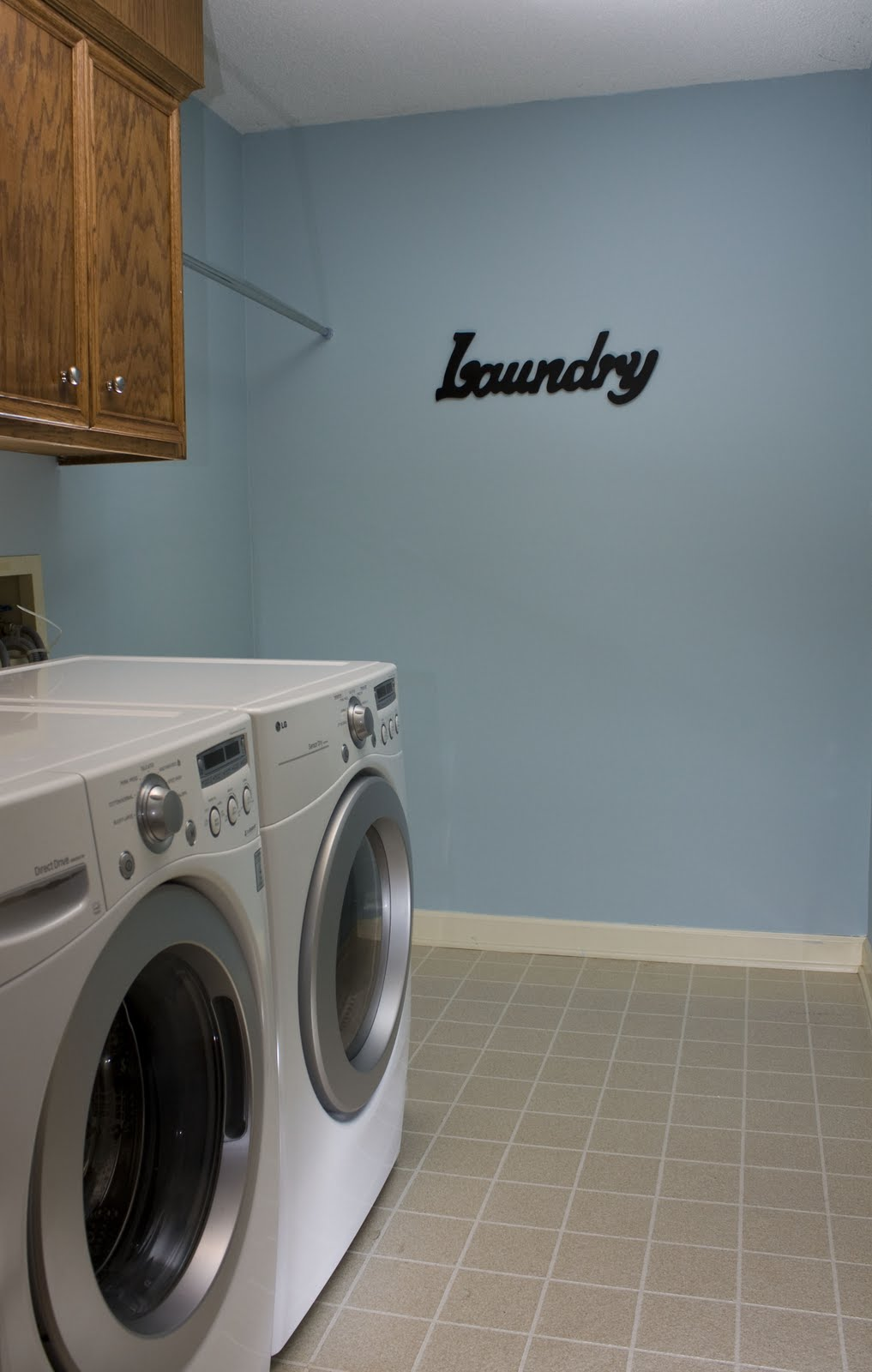 Laundry room next to master bedroom home design elements for Masters laundry
