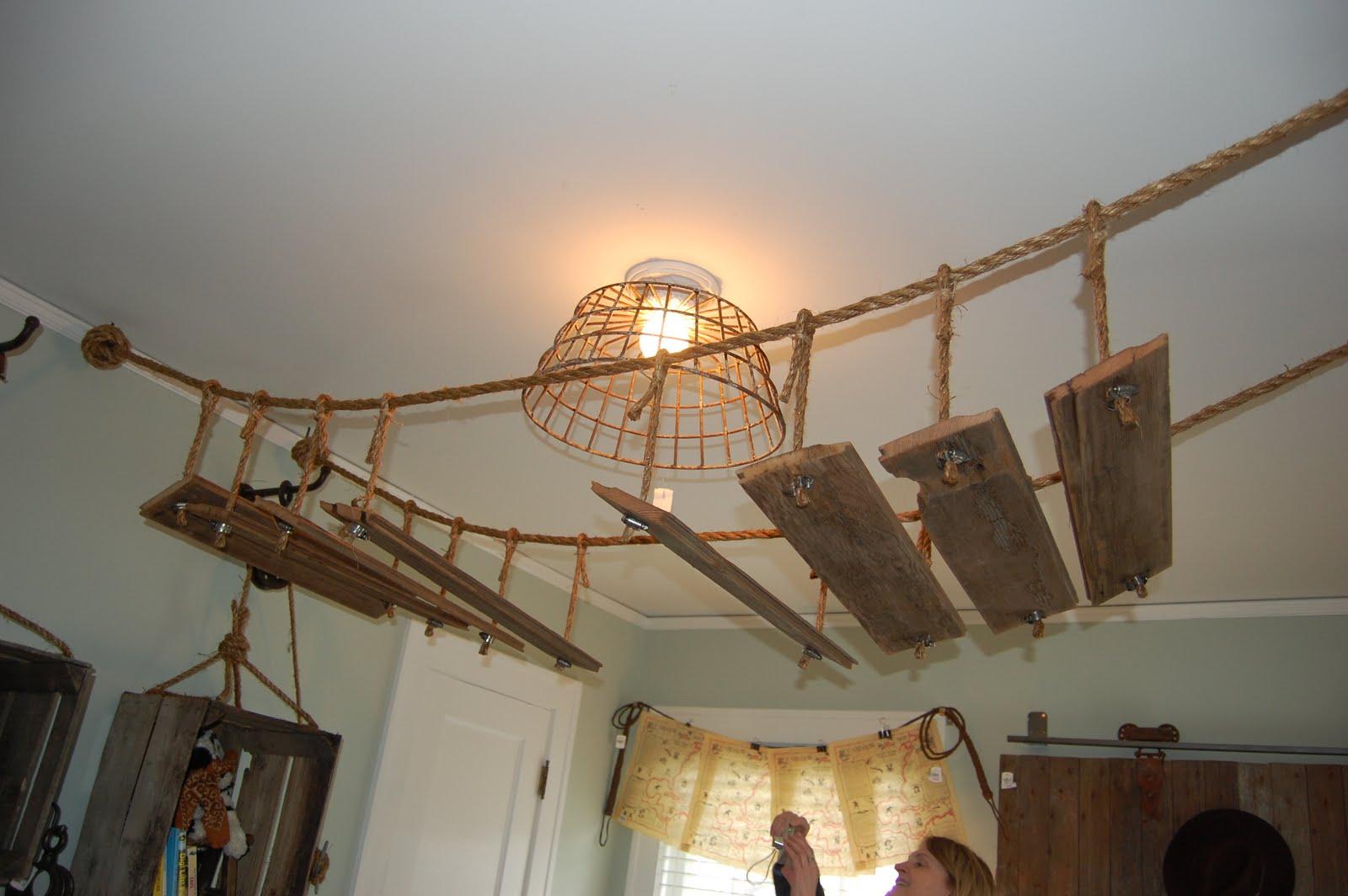 http://3.bp.blogspot.com/-tTiI24RaJbo/TanyNq8fPeI/AAAAAAAAC8I/lr3kfyqh7BY/s1600/Bachman%2527s+Spring+House+030.JPG