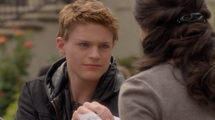 who is emmett dating in switched at birth We talked to switched creator lizzy weiss about why emmett needed to be on the other  they ended up dating their best friend's  switched at birth continues .