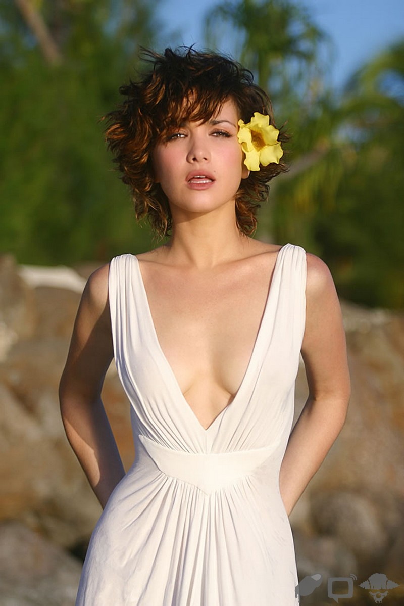 ngatiman: Sexiest Hot Celebrity Pictures Natalie Oreiro