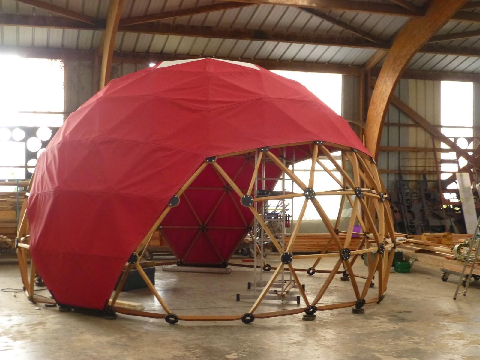 les toiles du berger couture d 39 une toile de d me geodesique. Black Bedroom Furniture Sets. Home Design Ideas