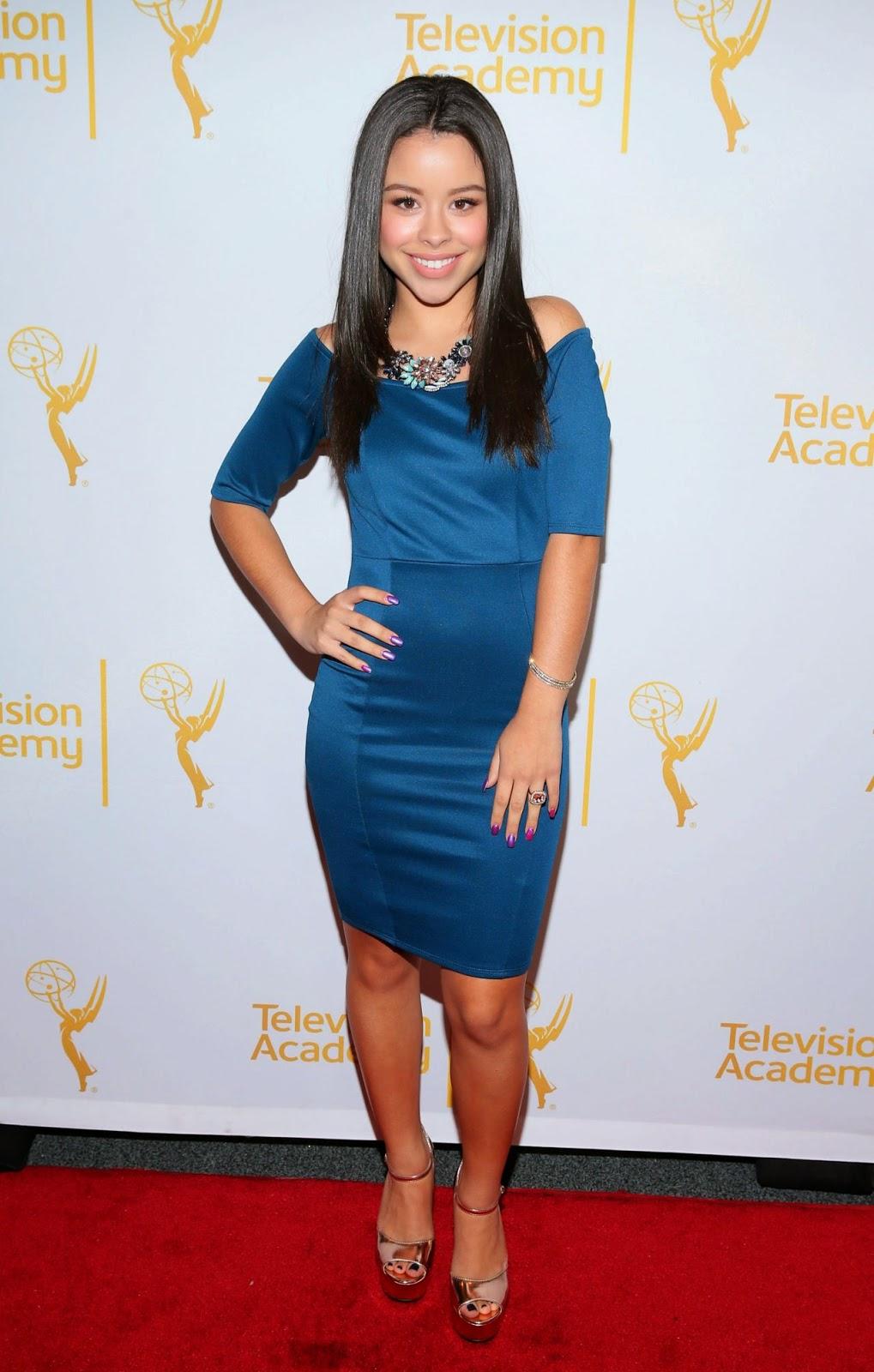 الممثلة الأمريكية سيرا راميريز خلال تواجدها في حفل في شمال هوليوود