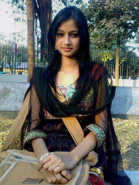 Padose Ki Virgin Ladki Simran Ko Choda